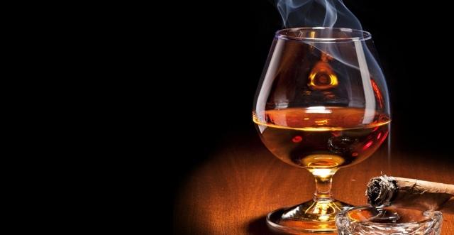 Коньяк повышает или понижает давление: польза и вред напитка