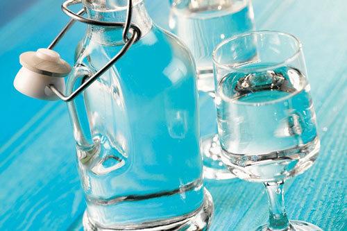 Как убрать запах самогона в домашних условиях: лучшие методы