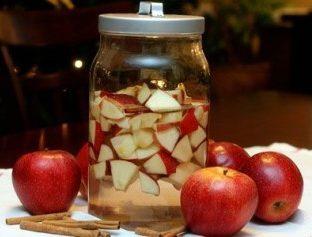 Наливка из яблок на самогоне