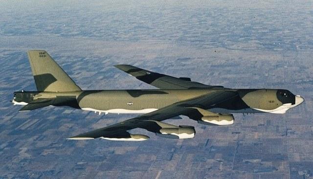 Б-52 коктейль: рецепты и техника его приготовления