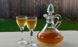 Настойка на изюме на водке, спирту и самогоне: рецептура напитка