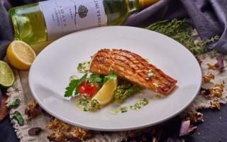 Какие вина к каким блюдам подходят: к рыбе, к мясу