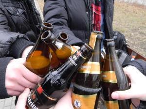 Распитие спиртных напитков в общественных местах:правила,штрафы