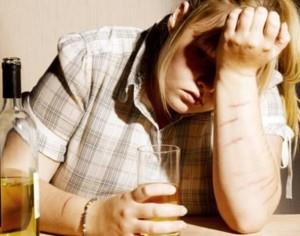 Чем вызвана алкогольная энцефалопатия?