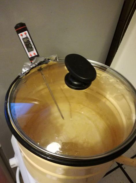 Пиво в мультиварке сварить можно, процесс напоминает варку напитка в кастрюле
