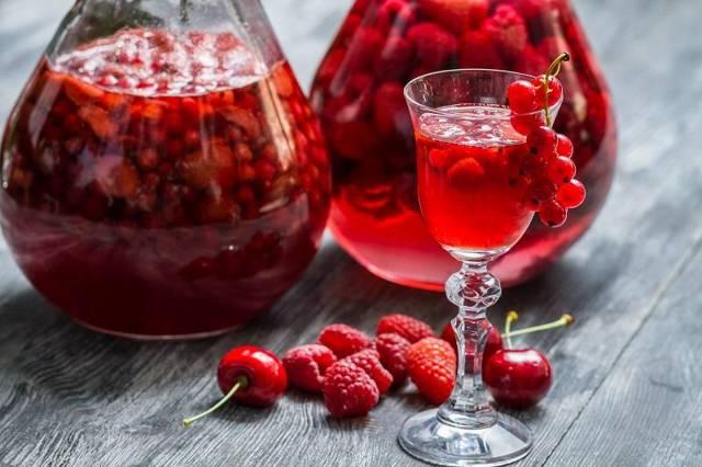 Чем отличается наливка от настойки: основная разница напитков