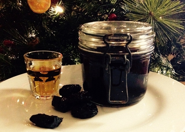 Настойка на черносливе: простые рецепты приготовления