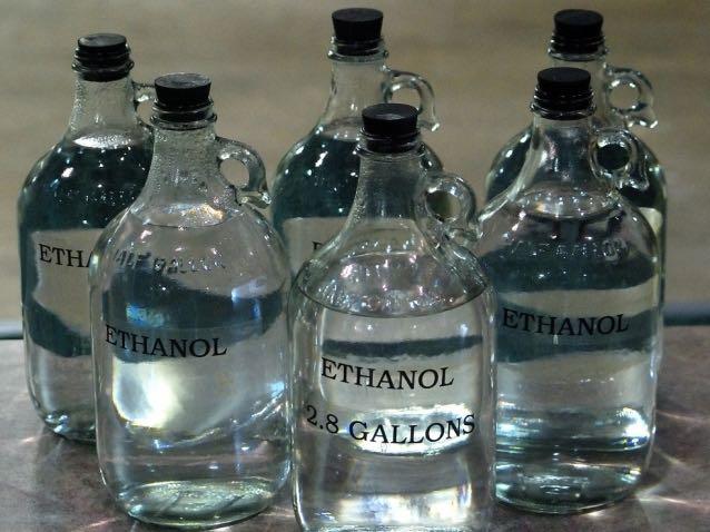 Как разбавить спирт водой, чтобы получилась водка