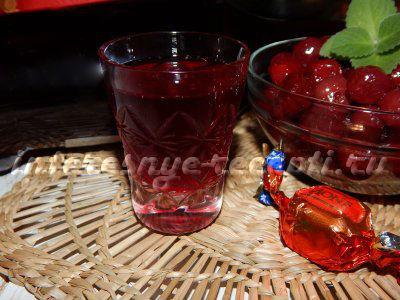 Вишня на коньяке: несколько рецептов приготовления чудного напитка