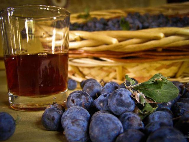 Вино из сливы: рецепты приготовления в домашних условиях
