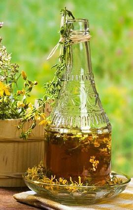 Настойка зверобоя на водке: рецепты и противопоказания