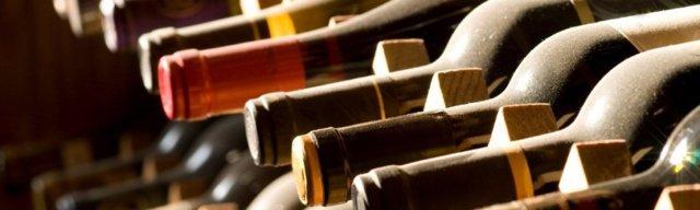 Как хранить домашнее вино: условия, температура и срок годности