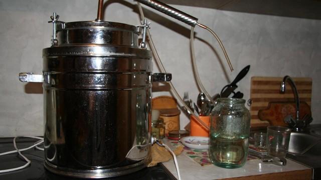 Гидромодуль для сахарной браги: разновидности и применение