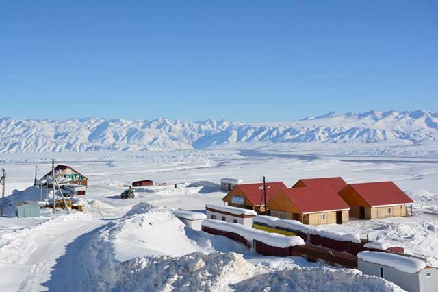 Виды коньяка из Кыргыстана: Иссык Куль 3 звезды, Бишкек и другие