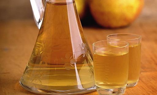 Самогон из груш: 3 простых рецепта приготовления