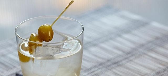 Коктейли с мартини: отличные рецепты от барменов