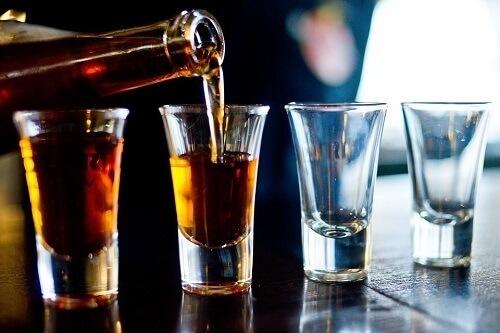 Фразы и высказывания на алкогольную тематику: юмор, остроты, советы