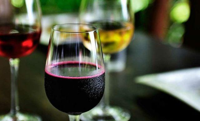 Винный напиток отличие от вина: на что обратить внимание