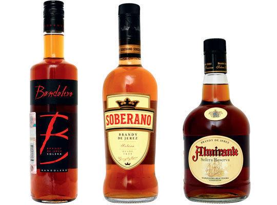 Крепкие алкогольные напитки: классификация, виды, особенности