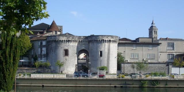 Коньяк Старая крепость - добротный дагестанский коньяк