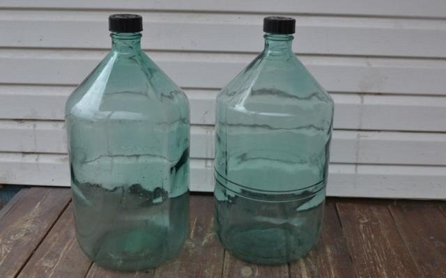 Этикетки на бутылки с самогоном участвуют в хранении продукта