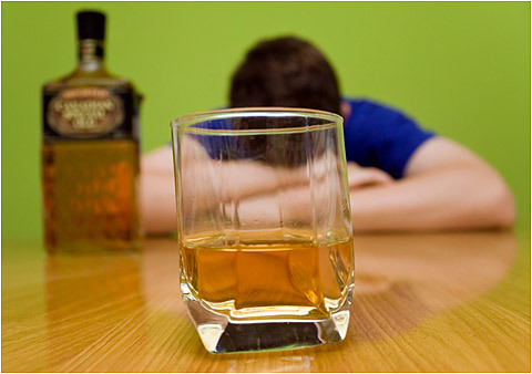 Выход спирта из различных видов сырья: из сахара, из пшеницы