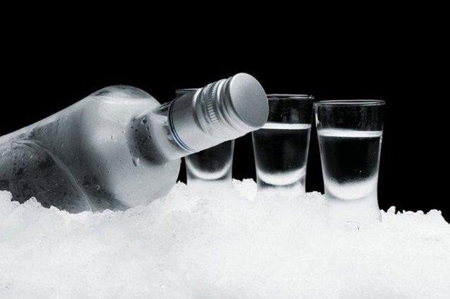 Если водка замерзла в морозилке, что это означает?