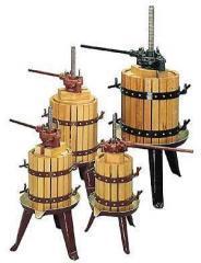 Винодельческое обрудовние: дробилки, прессы, винификаторы