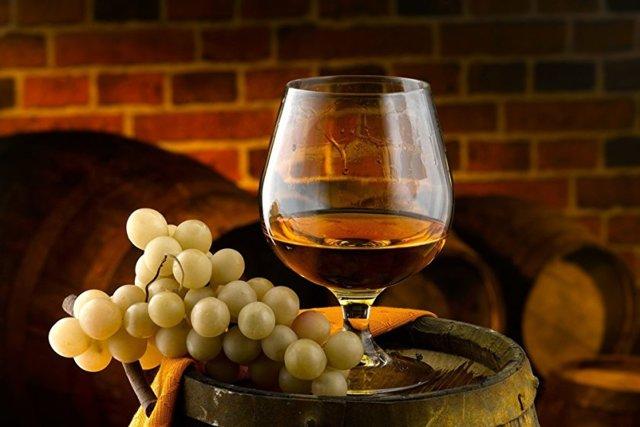 Коньяк из винограда в домашних условиях: рецепты приготовления