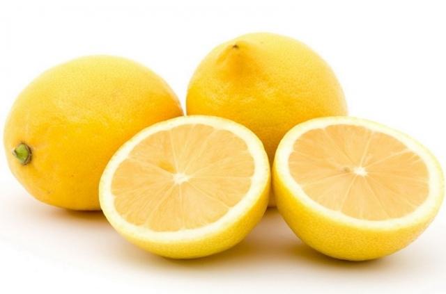 Лимон при похмелье - это один из самых активных борцов с токсинами