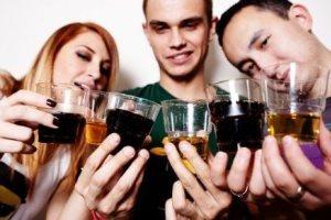 Что вреднее пиво или водка: лучше не смешивать