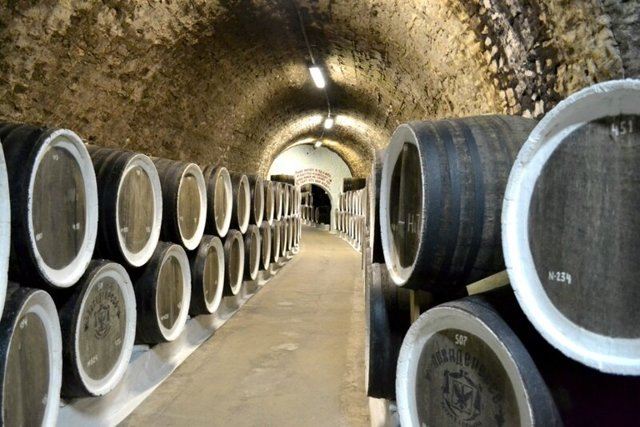 Вино Черный доктор Массандра и другие Крымские вина