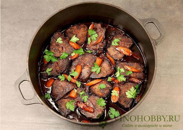 Мясо в вине: 8 шикарных рецептов приготовления вкусных блюд