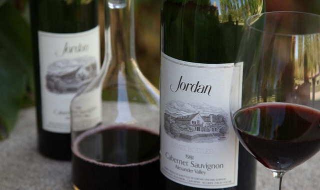 Вино каберне полусладкое: обзор, вкусовые качества, отзывы