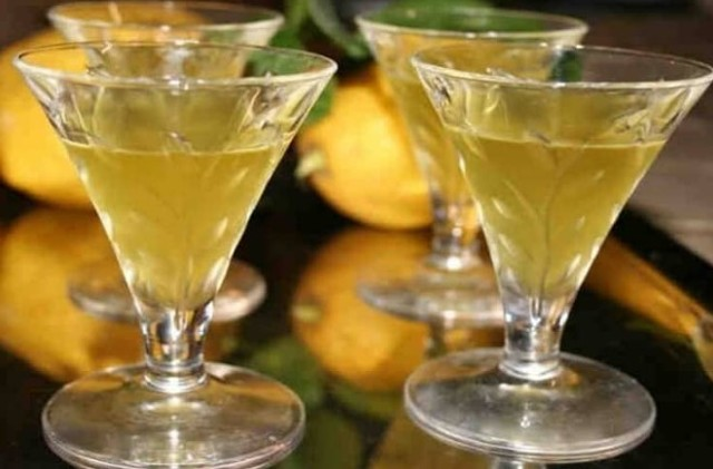 Коктейли с Куантро - апельсиновым ликером в домашних условиях