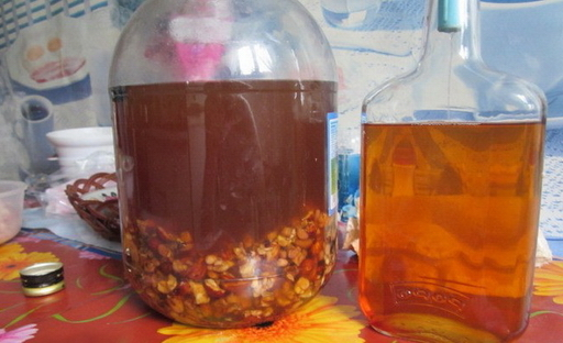 Настойка из сухофруктов на водке: рецепты и тонкости приготовления