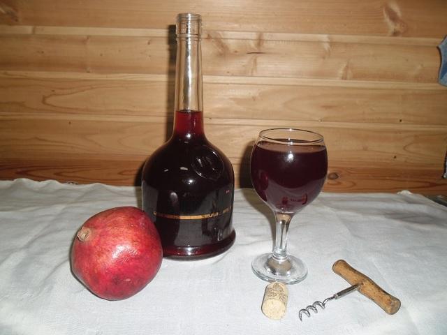 Вино из граната в домашних условиях: польза и прекрасный вкус