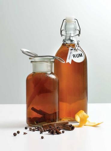 Ром из самогона: несколько простых домашних рецептов