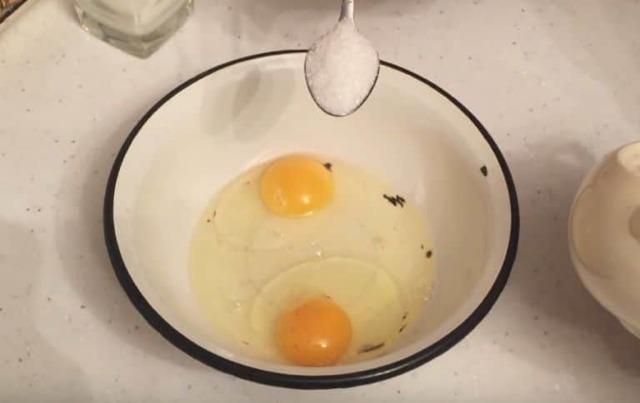 Как сделать гренки из белого, черного хлеба и батона