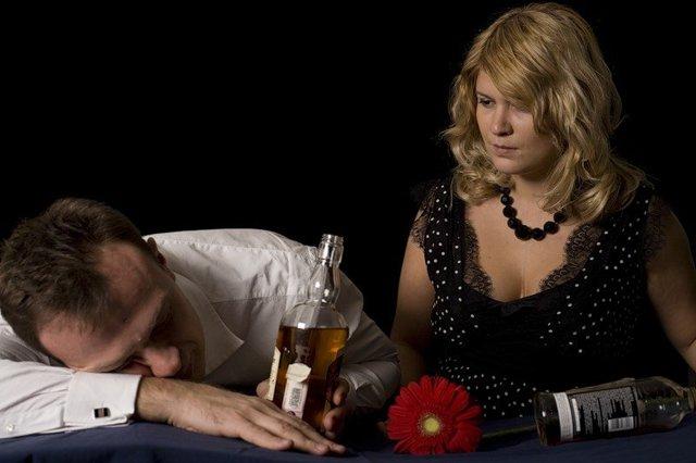 Люди скрывают свои проблемы с алкоголем, есть выход из ситуации