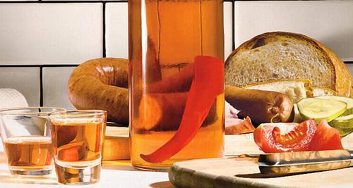 Перцовка из самогона: представляем рецепты лечебный и острый
