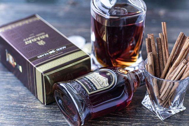 Коньяки из Грузии: описание напитков, отзывы, фото, цены