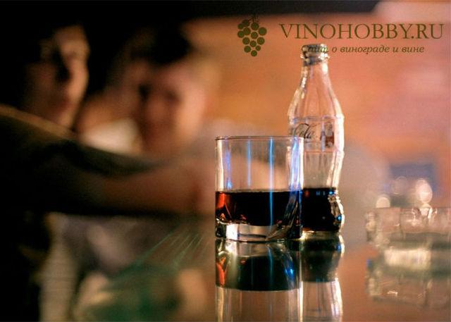 Коньяк с колой: как правильно смешивать и пить