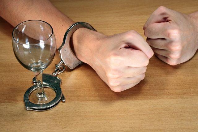 Почему люди пьют алкоголь причины алкоголизма и психология