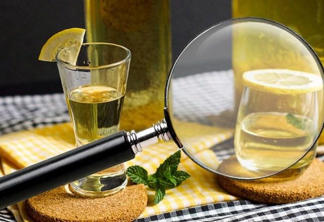 Можно ли пить самогон, и полезен ли он для здоровья?